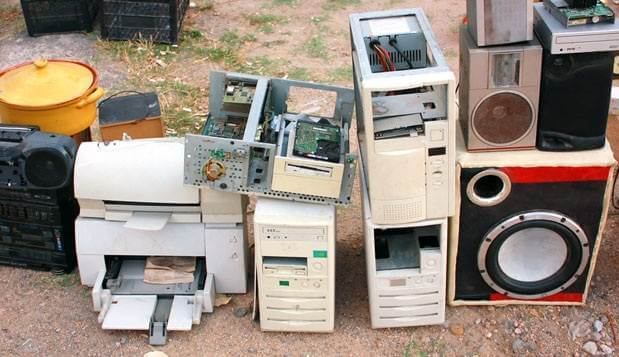 bad-technology-decisions-featured-image_inc_com